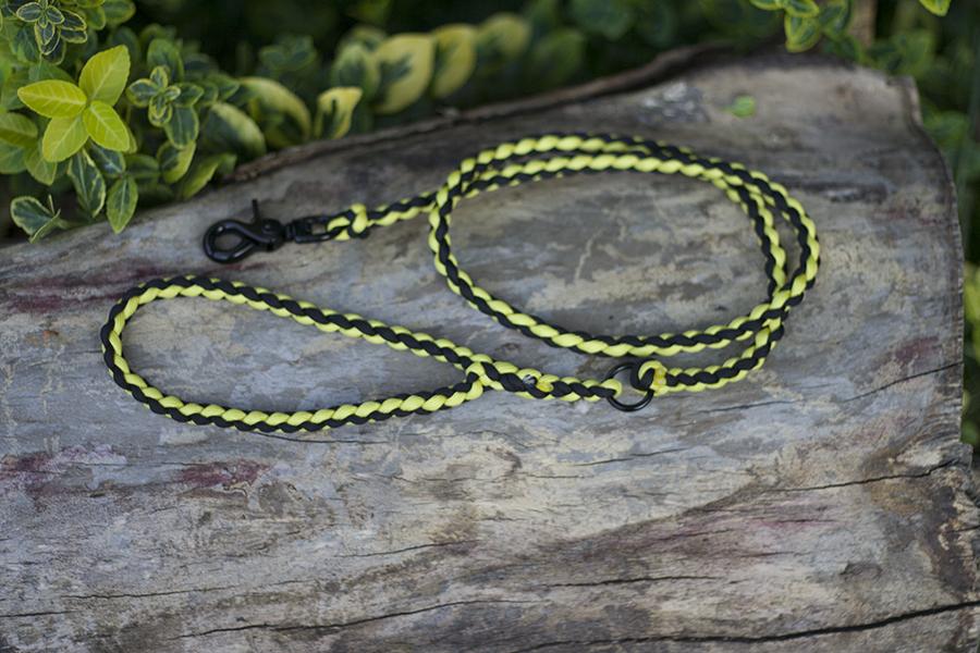 sárga-fekete hengerpóráz kerek csattal